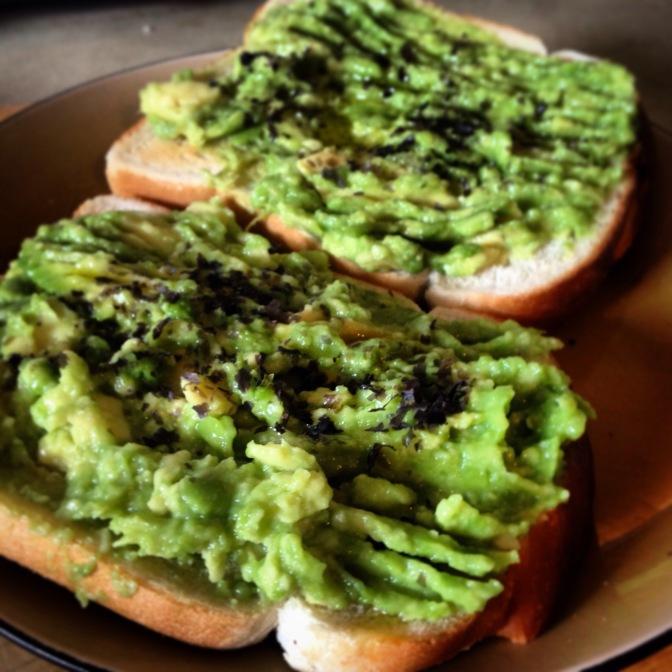 Recipe: mashed avocado with nori on toast