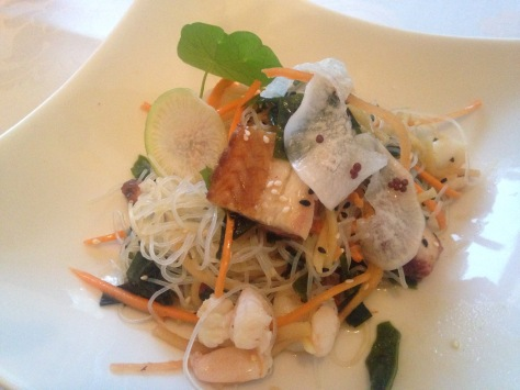glass-noodle-salad-with-seafood-sage